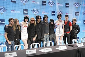 "Motley Crue Press Conference Announces ""Crue Fest 2"""